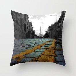 Wild texture @Edinburgh Throw Pillow