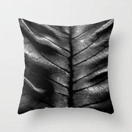 Dragon Spine (Black Version) Throw Pillow