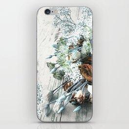 Bouquet Brocante iPhone Skin