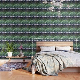 Rough cut emerald and amethyst Wallpaper