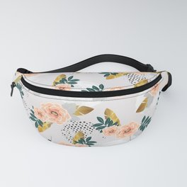 Floral pattern of roses Fanny Pack