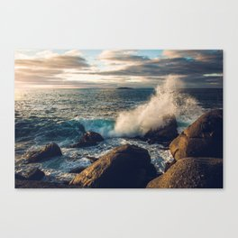 Perfect Wavebreak Canvas Print