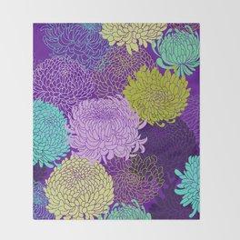 Chrysanthemum blossom Throw Blanket