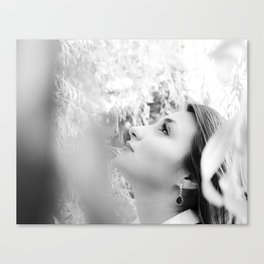 Submerge in nature Canvas Print