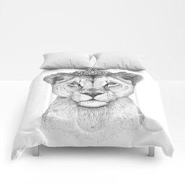 The Queen Comforters