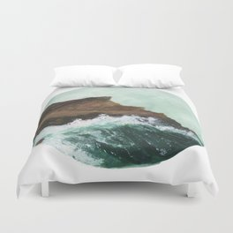 Crashing Waves on a cliff Duvet Cover