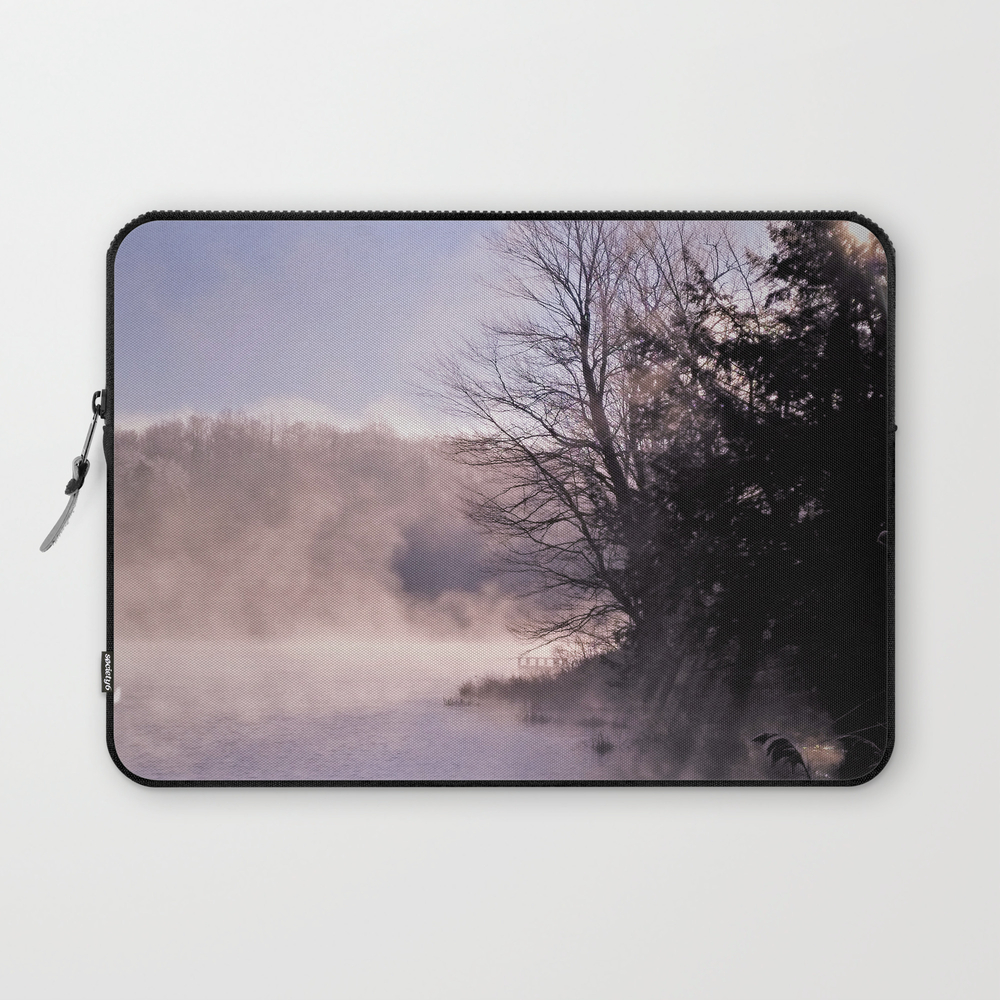 Rays In The Mist Laptop Sleeve LSV8909072