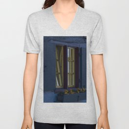 Hotel crooked house Fischer quarter Ulm Unisex V-Neck