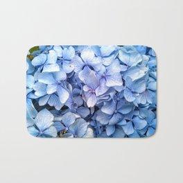 Ramo de hortensias azules Bath Mat