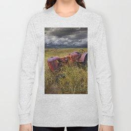Abandoned Farm Tractor on the Prairie Long Sleeve T-shirt