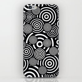 BLACK AND WHITE BULLSEYE ABSTRACT iPhone Skin
