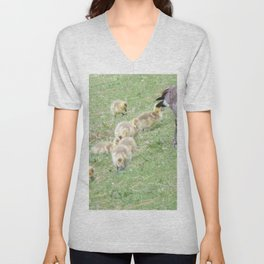 Baby Canadian Geese, Wild Geese, Animals in the Wild Unisex V-Neck