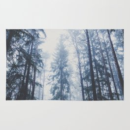 The mighty pines Rug