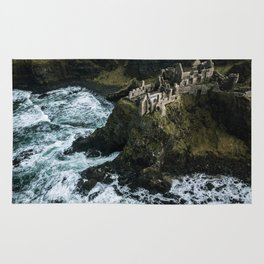 Castle ruin by the irish sea - Landscape Photography Rug