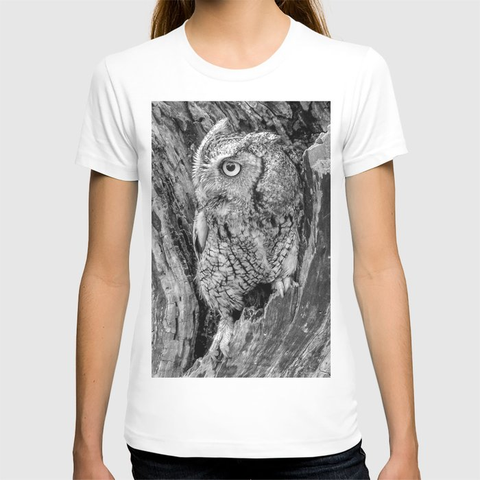 Echo the Screech Owl by Teresa Thompson T-shirt