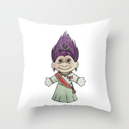 Dronningtroll Throw Pillow