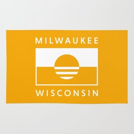 Milwaukee Wisconsin - Gold - People's Flag of Milwaukee Rug