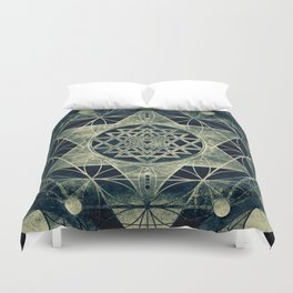 Sacred Geometry for your daily life- SRI YANTRA Duvet Cover