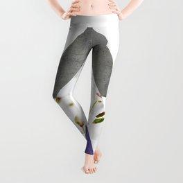 Ultra Violet Blossoms Arrows Leggings