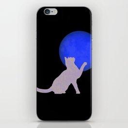 gatoluna iPhone Skin