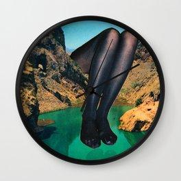 Su Pureza y el Reflejo  Wall Clock