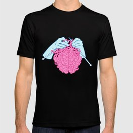 Knitting a brain T-shirt