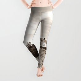 Big House on the Cliff Leggings