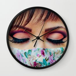 Make Up Wall Clock