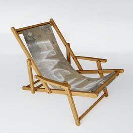 Fragile city Sling Chair