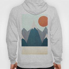 Behind the mountain Hoody