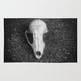 Tree rat skull Rug