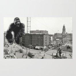 King Kong in Detroit 1907 Rug