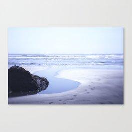 Reality a dreamy beach photo with bokeh Canvas Print