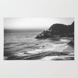 Pacific Northwest Grandeur - Heceda Lighthouse Black and White Rug