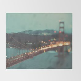 San Francisco Golden Gate Bridge, Sweet Light Throw Blanket
