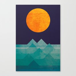 The ocean, the sea, the wave - night scene Canvas Print