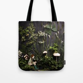 Bridie and the Robins in the Forest of Shamrocks Tote Bag