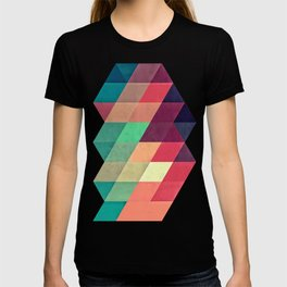 xy tyrquyss T-shirt