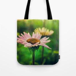 Daisy VI Tote Bag