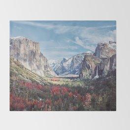 Tunnel View Yosemite Valley Throw Blanket