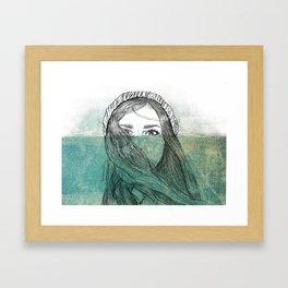 Érase una vez que lloró tanto que se inundó, y le salieron peces... Framed Art Print