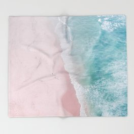 ocean walk Throw Blanket