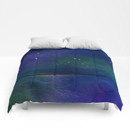 Winter lights Comforters