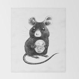 La Petite Souris Throw Blanket