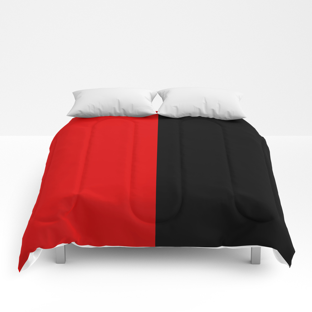 Psychedelic Black And Red Stripes Vii. Comforter by Azraelwest CMF9053204