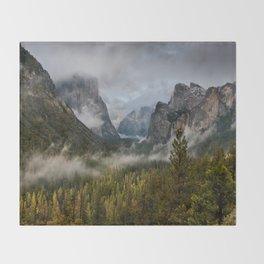 Yosemite National Park / Tunnel View  4/26/15 Throw Blanket