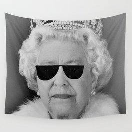BE COOL - The Queen Wall Tapestry