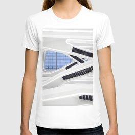 Zaha H A D I D   architect   Dominion Office Building T-shirt