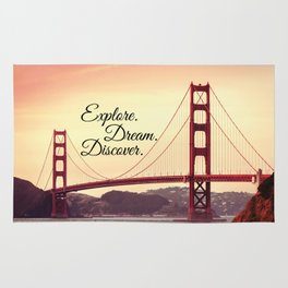 """""""Explore. Dream. Discover."""" - Travel Quote - Golden Gate Bridge Rug"""