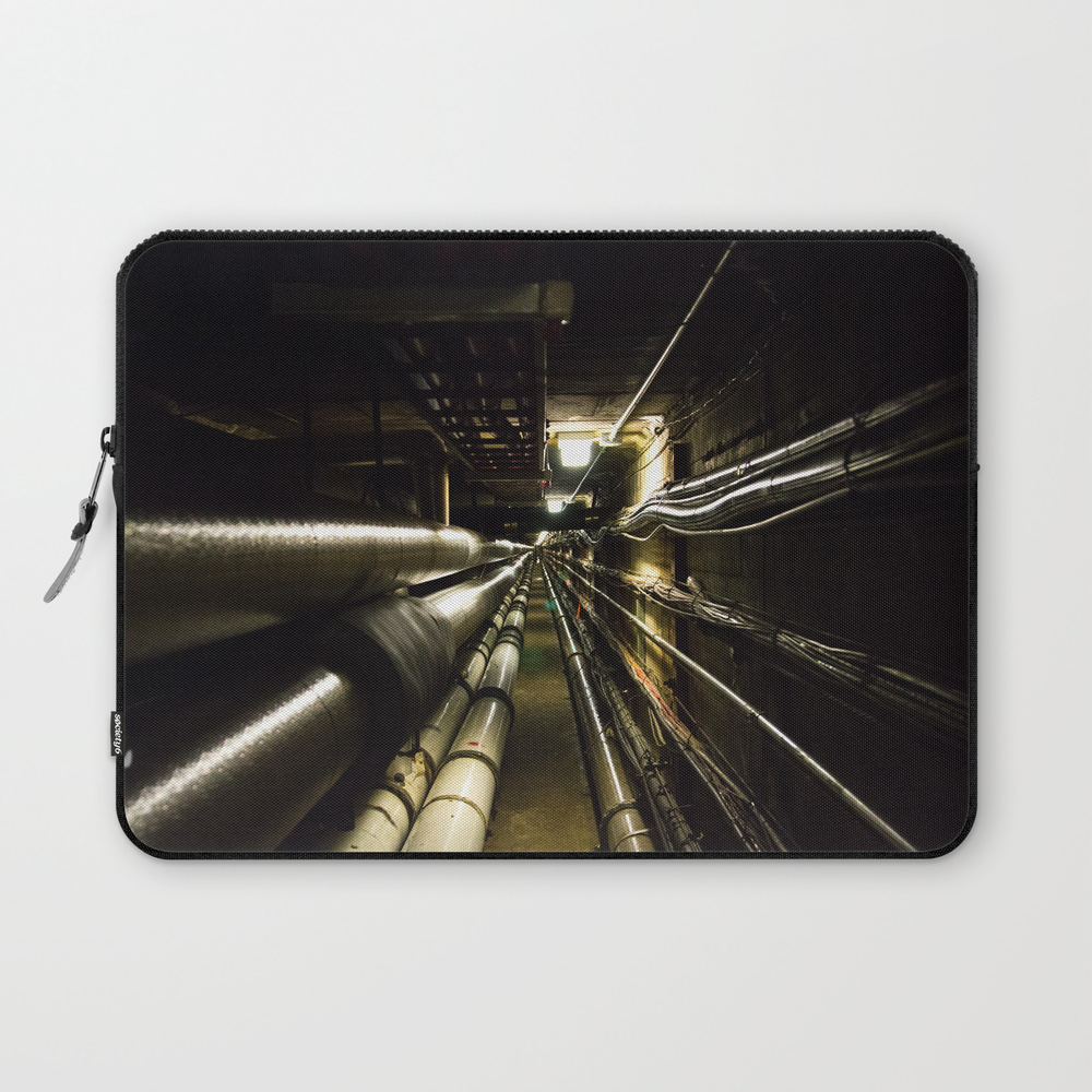 Enter The Void Laptop Sleeve LSV8616403